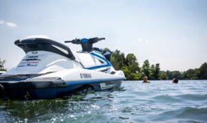 2020-Yamaha-VX-EU-White_with_Azure_Blue-Static-001-03_Thumbnail